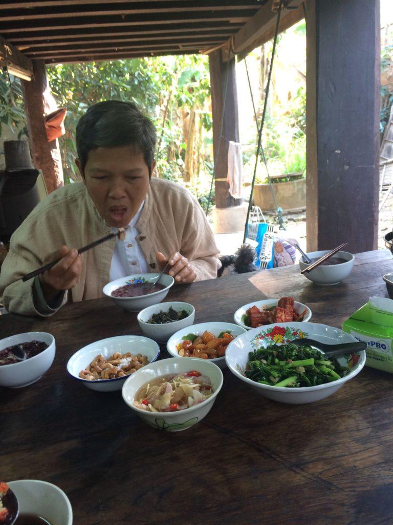 チェンマイ ベジタリアン料理研究家ターおばさん