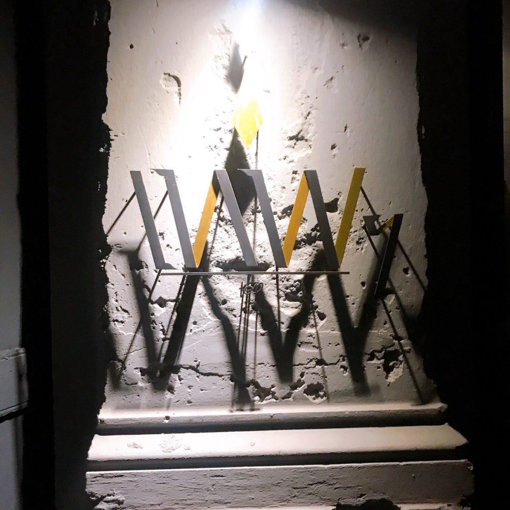 バンコクのおしゃれな隠れ家バー TEP BAR